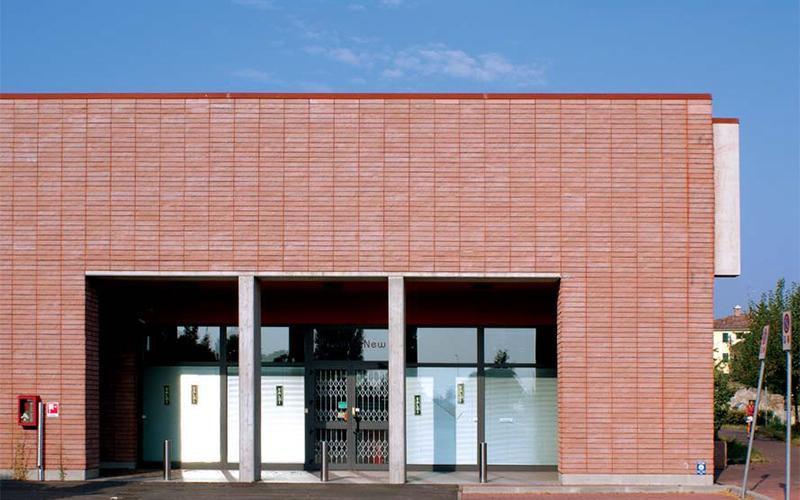 Ed-commerciale-Reggio-architettonico-3