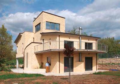MC109-edificio-l-aquila-post-sisma