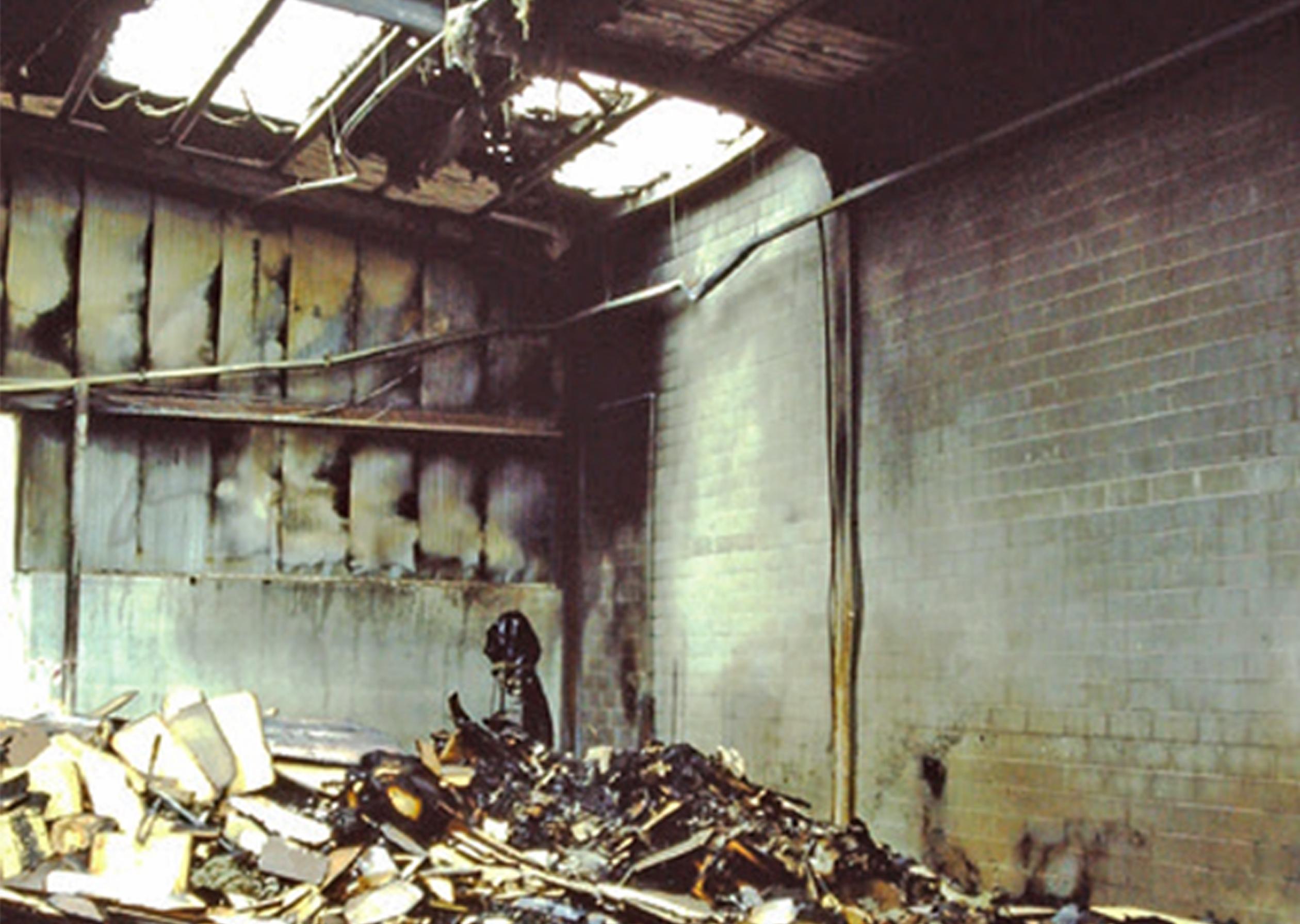 Incendio-magazzino2