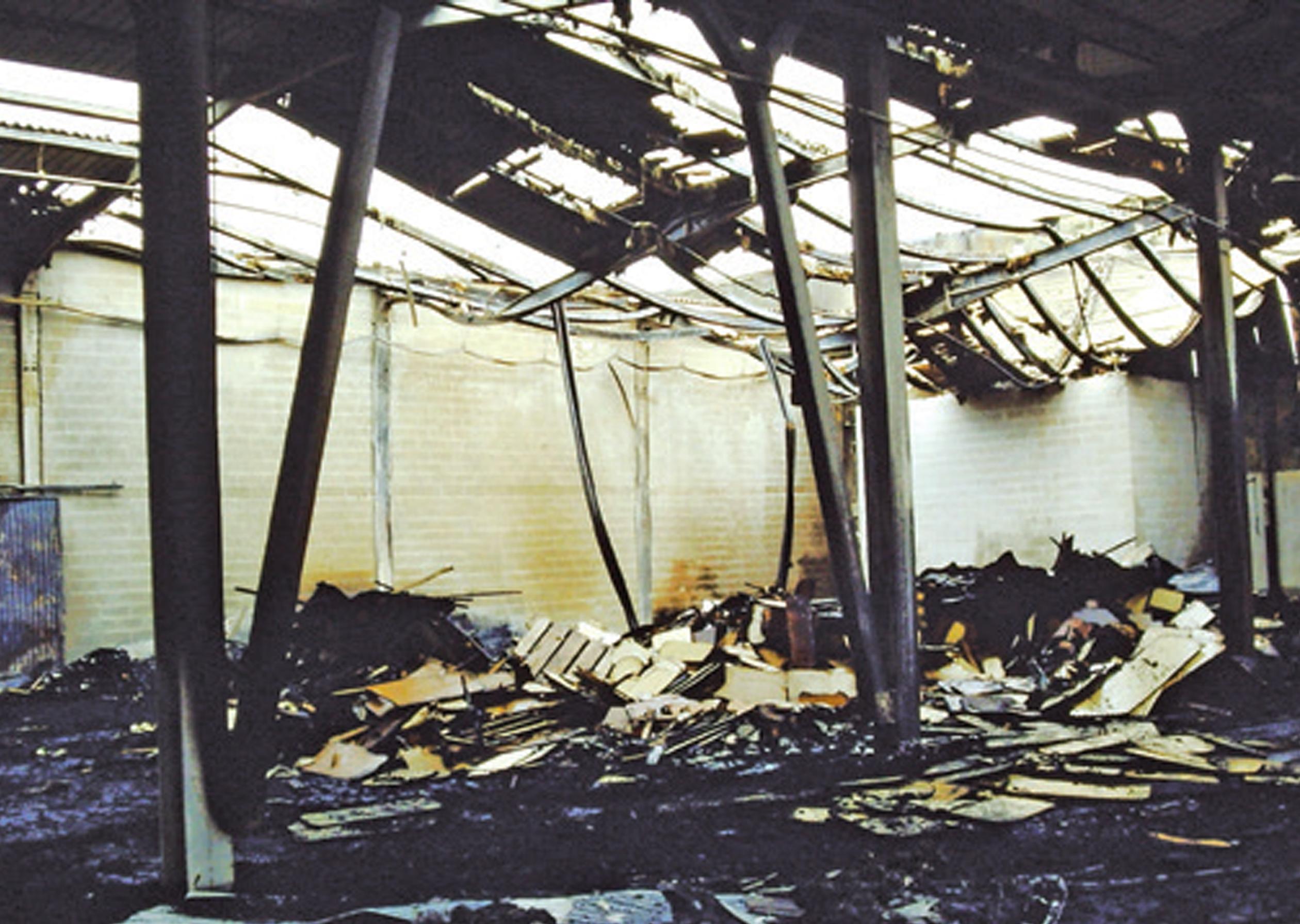 incendio-magazzino