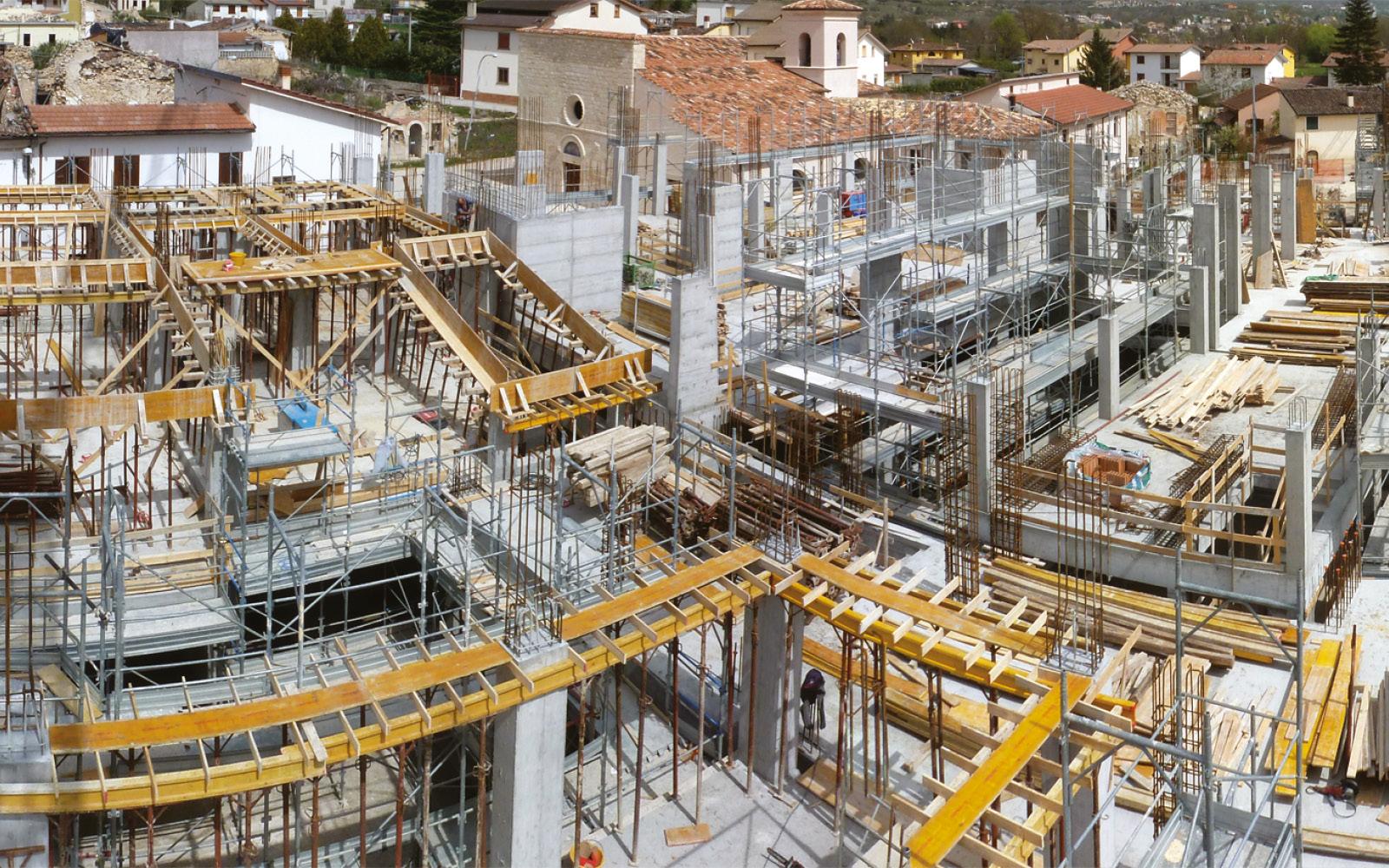 mc115-aggregato-edilizio-ciancone-onna-cantiere