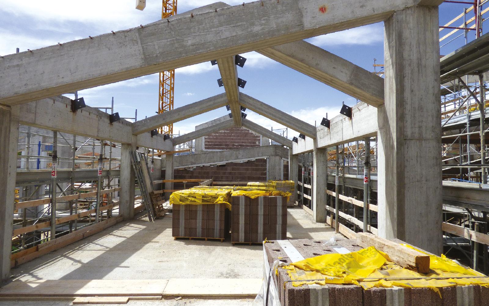 mc115-aggregato-edilizio-ciancone-onna-muratura-bioclima-zero